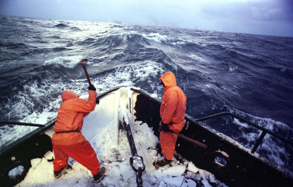 カニ 漁船 求人