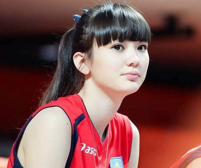 カザフスタンの12頭身バレーボール選手が可愛すぎると話題に | せかch