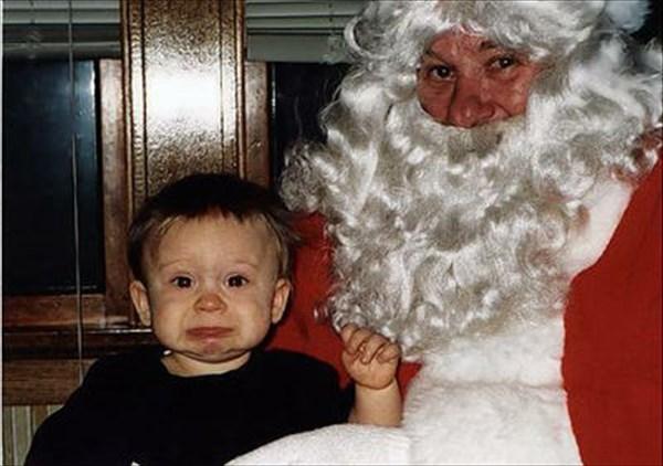 サンタに怖がる子ども12