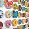 韓国の陶芸家が作る「カラフルな陶器ドーナツ」が可愛くて美味しそう