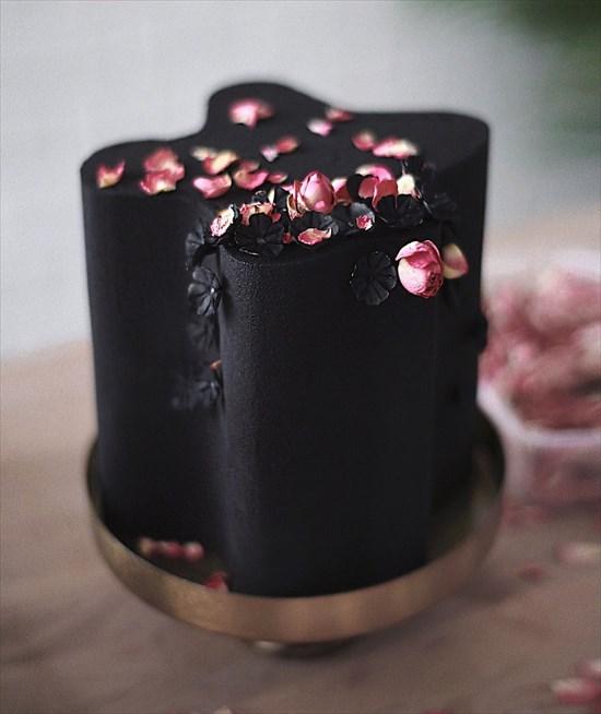 パティシエ姉弟が作る、芸術的で華やかなタワーケーキ10
