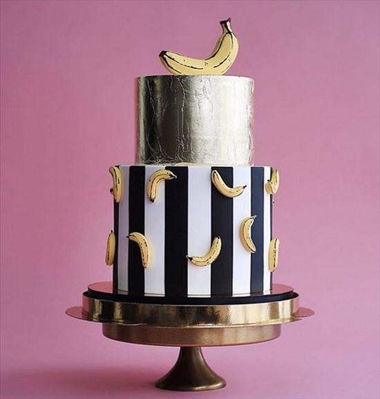 パティシエ姉弟が作る、芸術的で華やかなタワーケーキ16