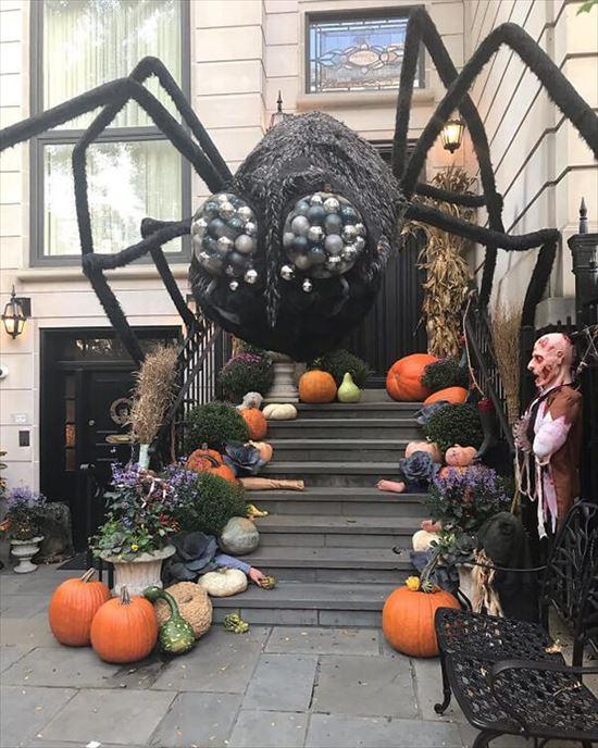ハロウィンの装飾が怖すぎる家 写真17