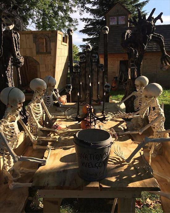 ハロウィンの装飾が怖すぎる家 写真16