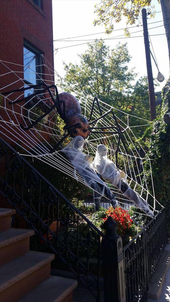 ハロウィンの装飾が怖すぎる家 写真8