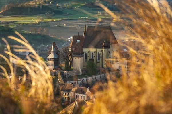 まるでおとぎ話の世界!ルーマニア・トランシルヴァニアの田園風景 写真9